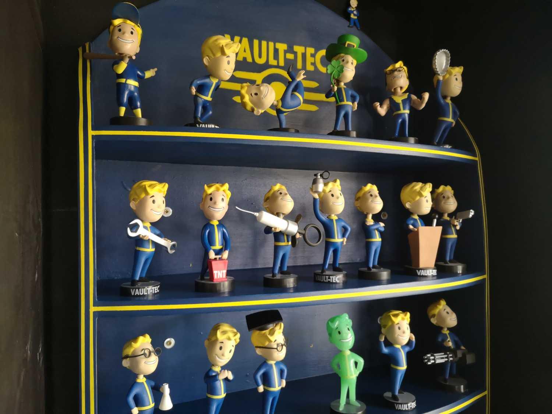 Fallout Bobblehead Shelf Image